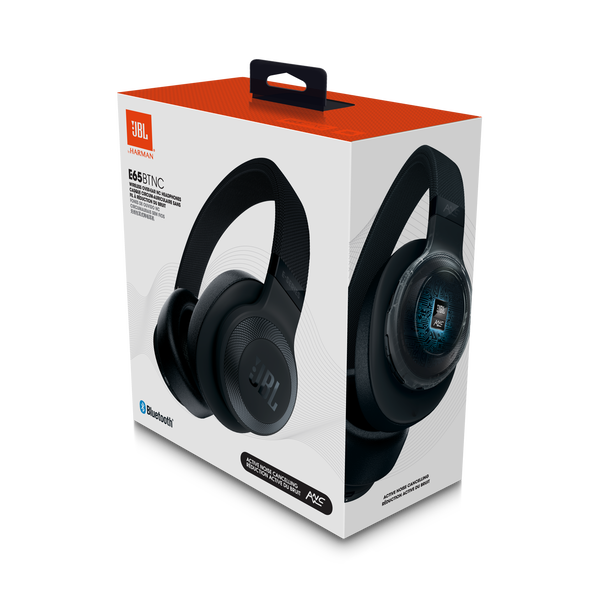 JBL E65BTNC - What's in the Box